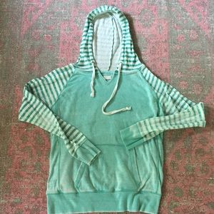 Ocean Dive sea foam hooded sweatshirt sz L